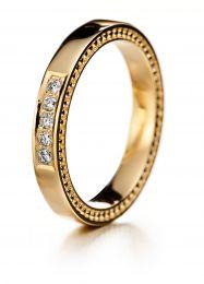 Lumoava, Tahdon-timanttisormus, keltakultainen